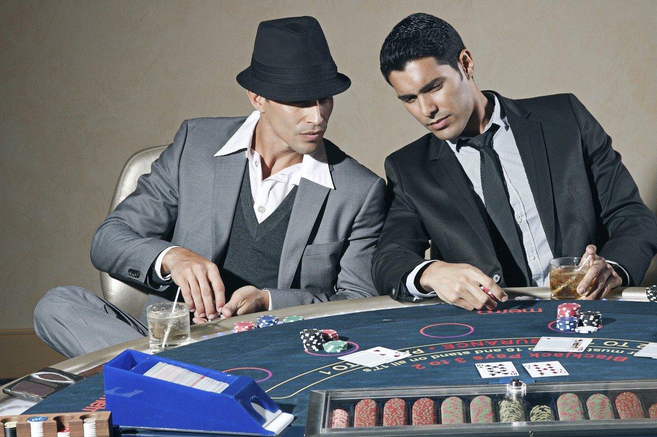 Hur man spelar pokies gratis på Royal Vegas casino